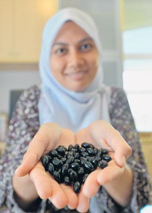 Minyak Habastus Sauda Dalam Bentuk Gel
